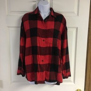Old Navy Red Buffalo plaid boyfriend shirt